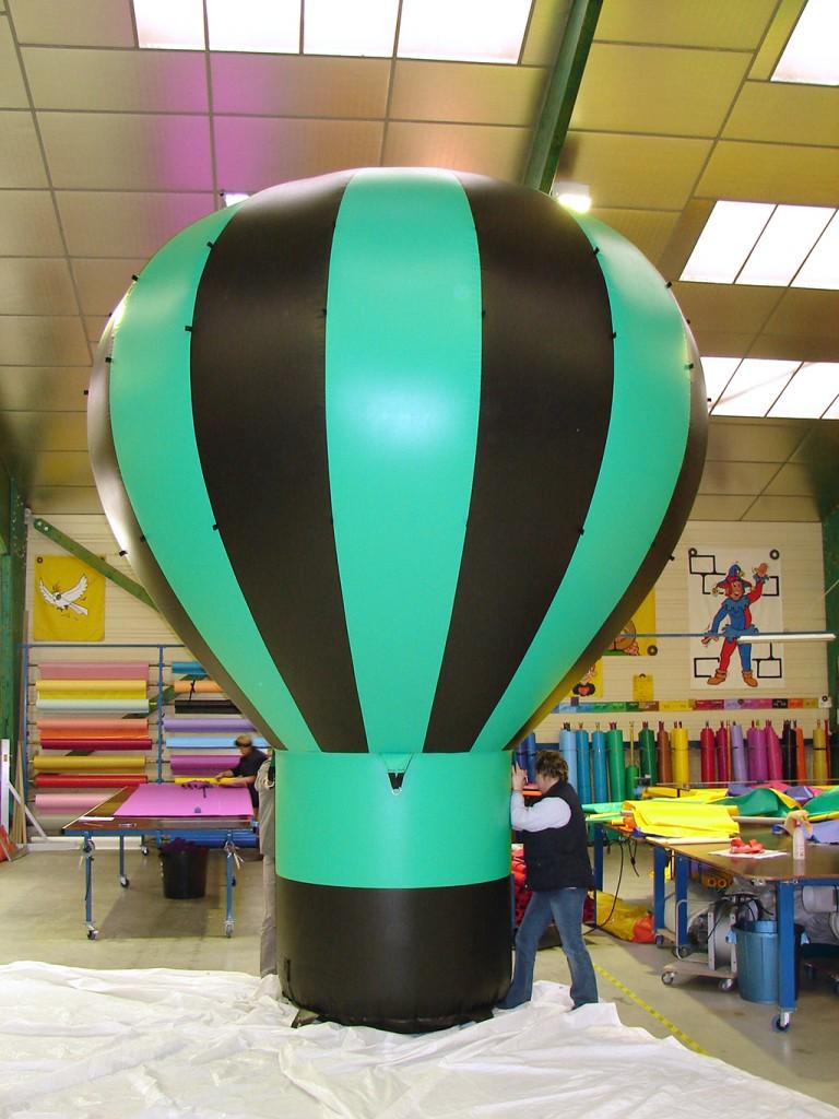 objet publicitaire gonflable en forme de montgolfi u00e8re