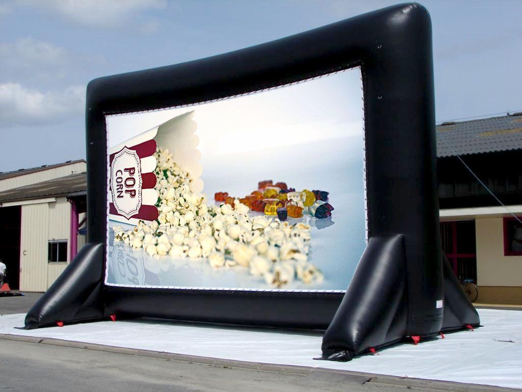 ecran gonflable de cin ma ou projection gonflable pour drive in cin ma en plein air. Black Bedroom Furniture Sets. Home Design Ideas