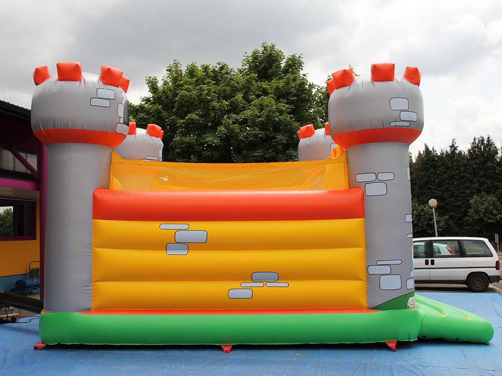 Structure gonflable a vendre avec des obstacles th me chateau fort - Structure gonflable a vendre ...