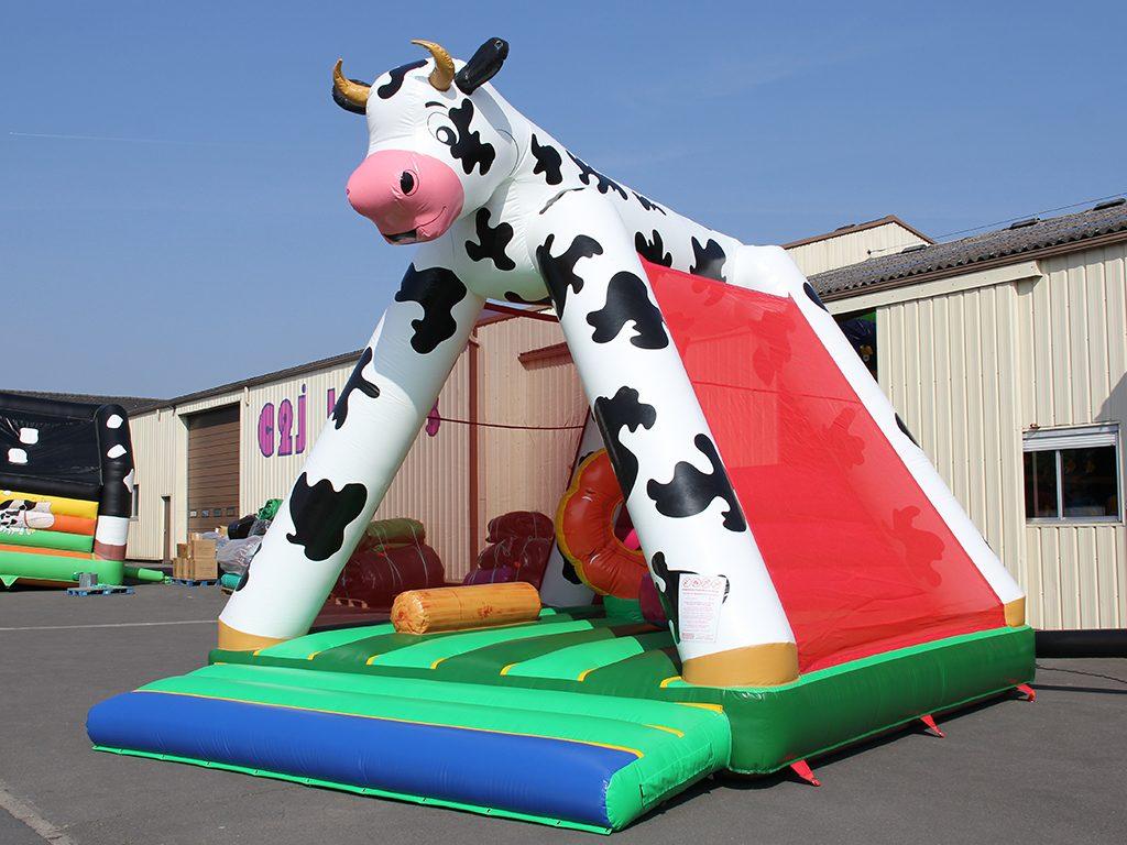 Achat d 39 un chateau gonflable pas cher matelas a sauter vache avec obstacle - Achat chateau gonflable ...