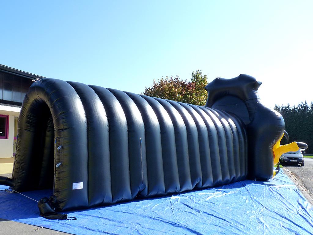 tunnel gonflable publicitaire pour manifestations sportives de hockey. Black Bedroom Furniture Sets. Home Design Ideas